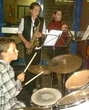 Die JAEB-DENVA-Band